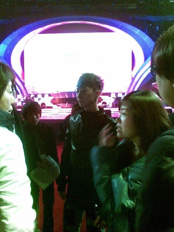 [fotos] Jang Woo Hyuk - Festival de Música Popular en China Ff0db43e45b7f133bba16708