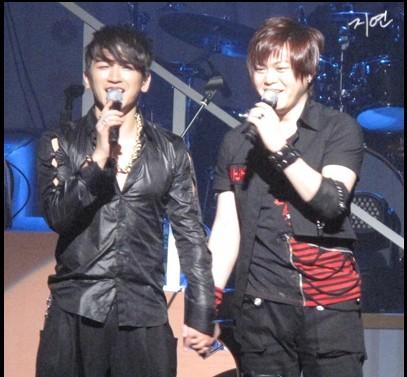 [fotos] 2010.02.21 Invitado en el concierto de M 10083208-