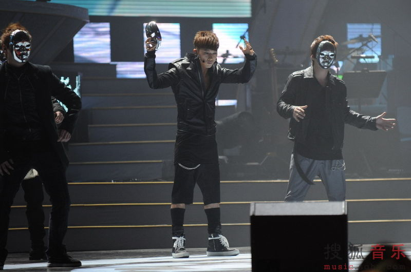[fotos] Jang Woo Hyuk - Festival de Música Popular en China 66de3387023e2d19c65cc3ab