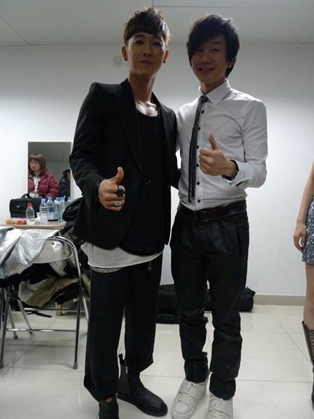 [fotos] Jang Woo Hyuk - Festival de Música Popular en China 30450_1265458299h8X9