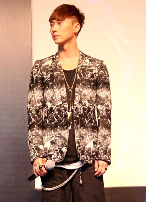[fotos] Jang Woo Hyuk - Festival de Música Popular en China 30450_1265458297AUWW