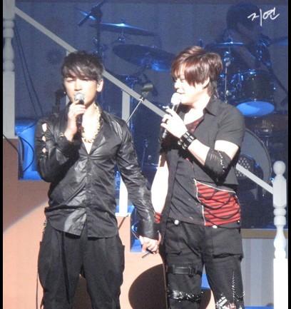 [fotos] 2010.02.21 Invitado en el concierto de M 10083209-