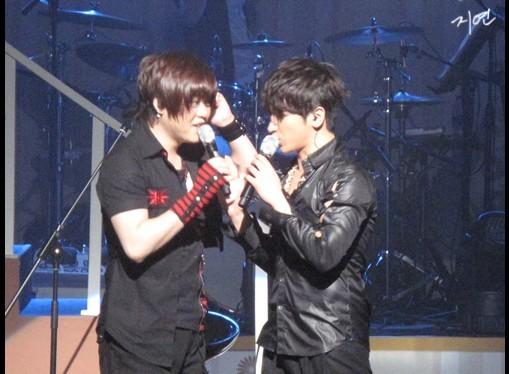 [fotos] 2010.02.21 Invitado en el concierto de M 10083211-